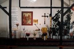 Wnetrze-kaplicy-1989